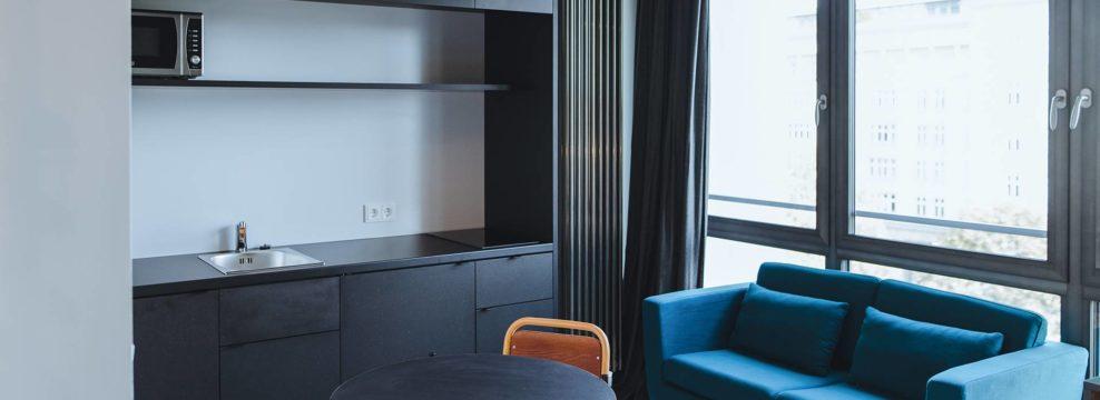 Neon Wood - Double Apartment Berlin